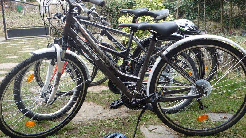 Location de vélos à la Base de Loisirs du Neyrial