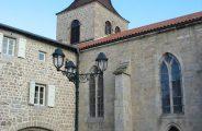 Eglise et Château prieuré clunisien